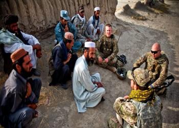 ولو مؤقتا.. مفاوضات أمريكية متقدمة مع قطر والكويت لإيواء مترجمين أفغان