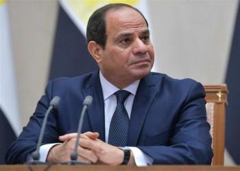 السيسي يحكم سيطرته على الجيش بتعديل سنوات خدمة رئيس الأركان وقادة الأفرع
