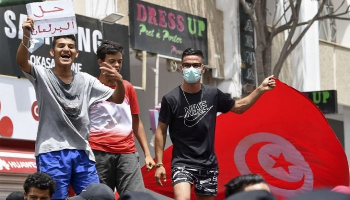 هل ما يحدث في تونس انقلاب؟!