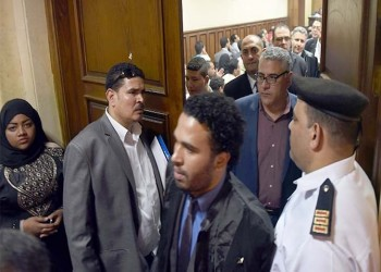 مصر تستأنف التحقيق مع حقوقي بارز.. والأخير يتهم السلطات بالفبركة