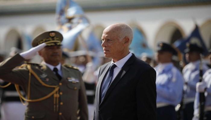 الرئيس التونسي يُقيل مدير التلفزيون من منصبه