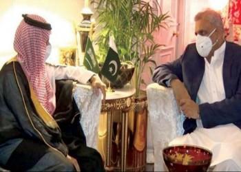 وزير الخارجية السعودي وقائد الجيش الباكستاني يبحثان العلاقات الثنائية