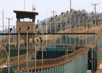 الإمارات ترحل 6 معتقلين سابقين في جوانتانامو إلى اليمن