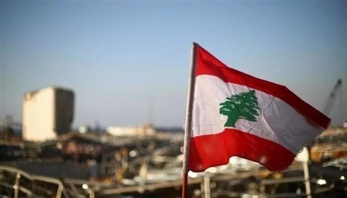 أوبزرفر: لبنان دولة فاشلة تحكمها جماعات فساد.. ولا حل سوى تمزيق اتفاق الطائف