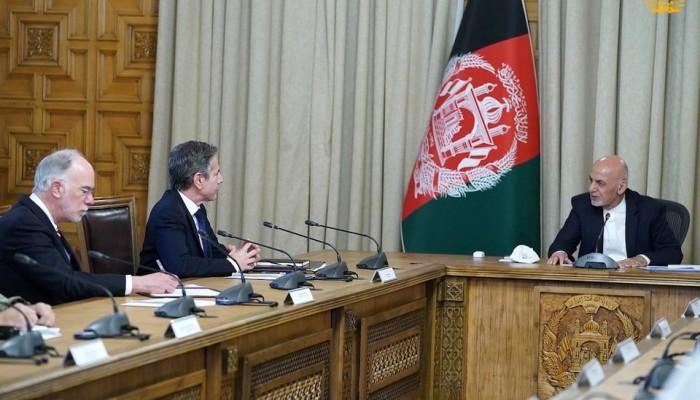 الولايات المتحدة تجدد دعمها لأفغانستان وتدعو لتسريع المفاوضات