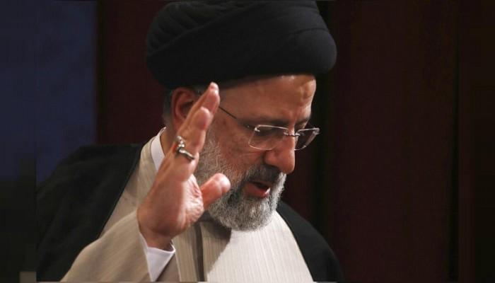 رئيسي: أمد يدي لجميع الدول خاصة جيراننا والأزمات الإقليمية تحل بالحوار