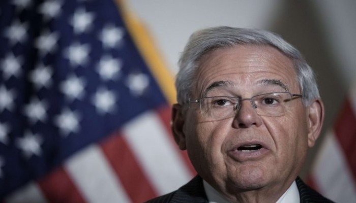 عضوان كبيران بمجلس الشيوخ يعبران عن القلق الشديد إزاء التوتر في تونس