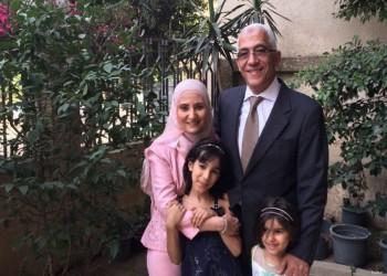 نشطاء وحقوقيون مصريون يضربون عن الطعام تضامنا مع علا القرضاوي