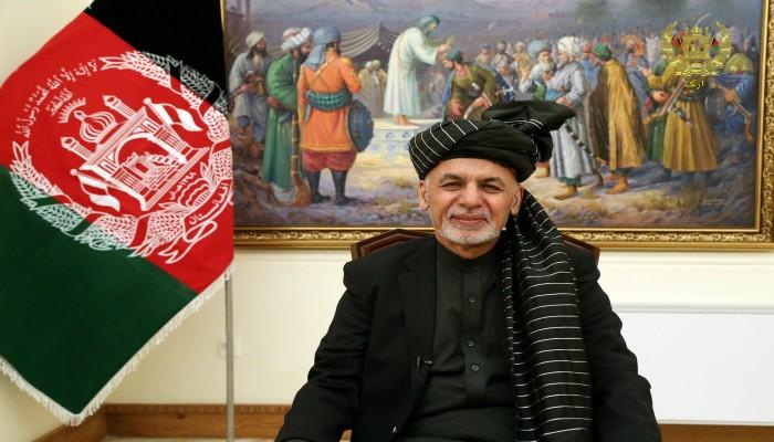 نفي عماني لوصول الرئيس الأفغاني الهارب إلى مسقط
