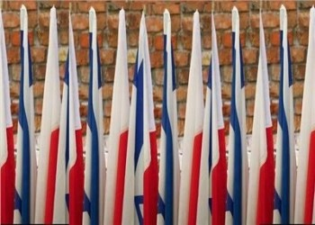 بولندا تلمح لإمكانية إلغاء رحلات إسرائيل السياحية إليها