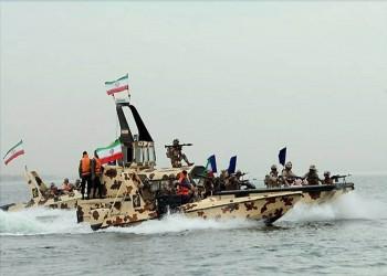 وسط توترات بحر العرب.. خامنئي يعين قائدا جديدا للبحرية الإيرانية