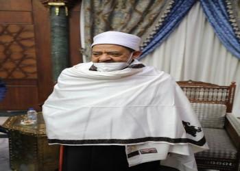 رئيس الوزراء الصومالي يقلد شيخ الأزهر وسامين