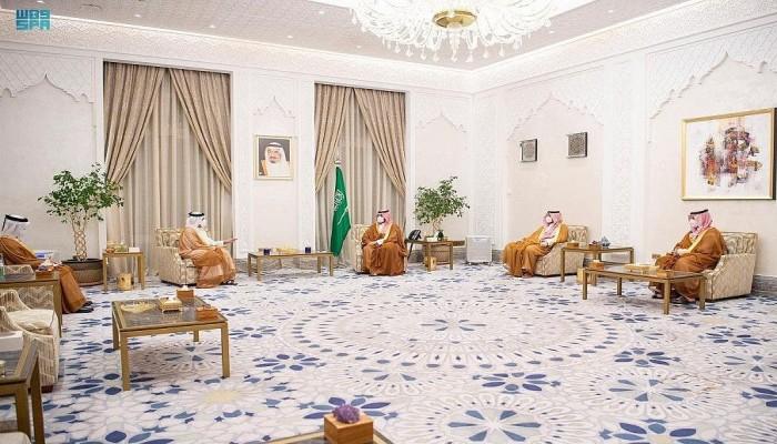 محمد بن سلمان يتسلم رسالة من أمير قطر