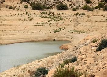 يونيسيف تحذر من خطر على الأطفال جراء شح المياه بالعراق