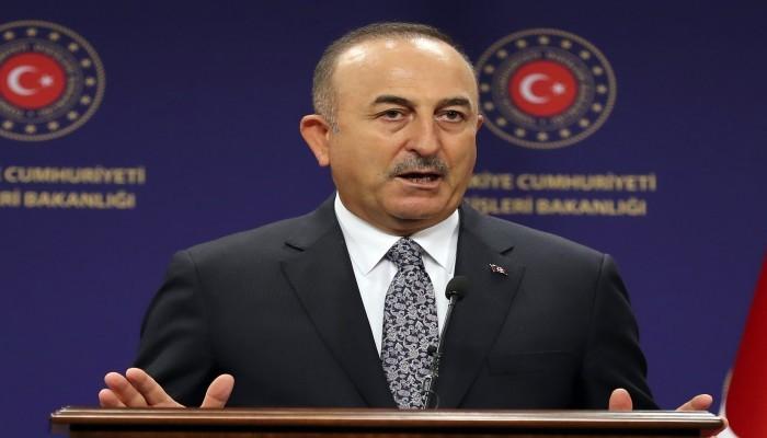 جاويش أوغلو: لا يمكن إبقاء اللاجئين الأفغان مؤقتا في تركيا