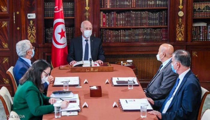 قيس سعيد: لست من دعاة الانقلابات.. ولا أزال ملتزما بالحريات