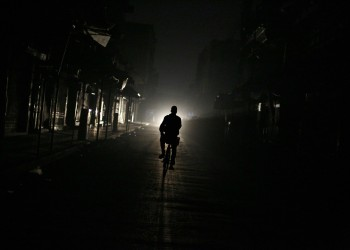 انقطاع الكهرباء عن العاصمة السورية دمشق.. والحكومة تتحدث عن هجوم