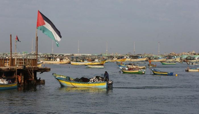 صحيفة: إسرائيل تنازلت عن ربط إعمار غزة بإنجاز صفقة تبادل أسرى مع حماس