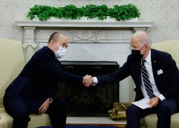 نتنياهو يسخر من بايدن: غلبه النوم أثناء لقاء بينيت