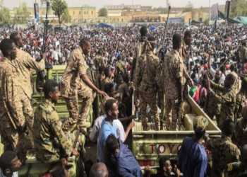 السودان: بين الانقلاب والتمرد وجرس الإنذار