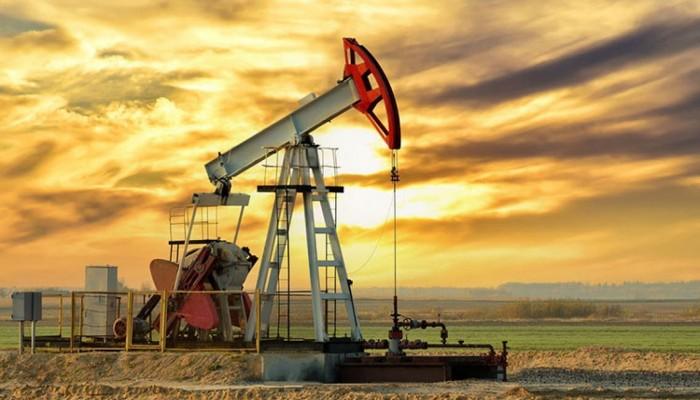 وسط تحسن الطلب.. النفط يصعد أكثر من 1.5%
