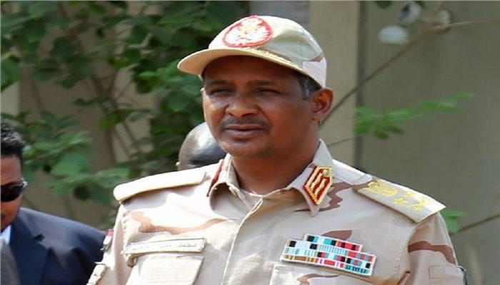 حميدتي يبرر تعدد الانقلابات في السودان بانشغال السياسيين بكراسي الحكم