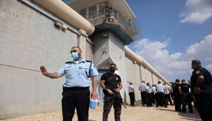 أسرى الجهاد الإسلامي بسجون إسرائيل يبدؤون عصيانا