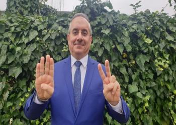 منع الإعلامي المصري هيثم أبو خليل من الظهور على قناة الشرق