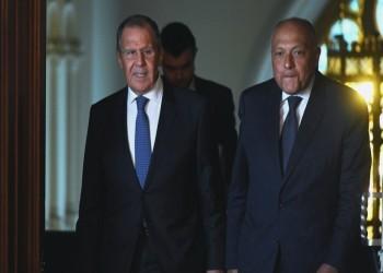 شكري ولافروف يبحثان تعزيز التعاون الثنائي بين مصر وروسيا