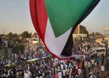 تجمع المهنيين في السودان يدعو للنزول إلى الشارع وتسليم السلطة للمدنيين