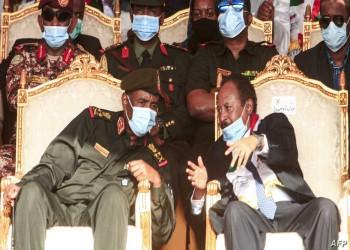 حمدوك ينفي الصراع بين المدنيين والعسكريين ويدعو للالتزام بالوثيقة الدستورية