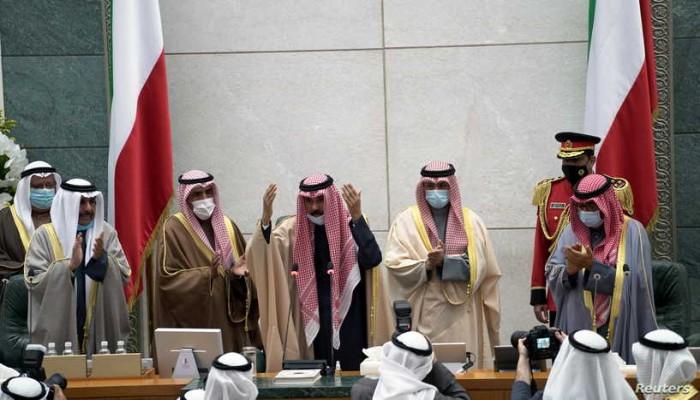 العفو مقابل تخفيف الاستجوابات.. مبادرة الأمير لحلحلة الأزمة السياسية بالكويت