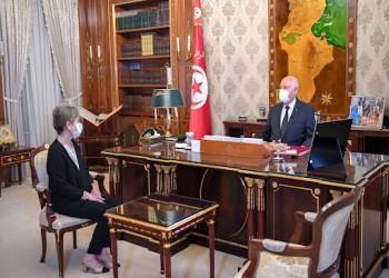ذا إيكونوميست: قيس سعيد أكاديمي يحكم تونس بلا خبرة أو رغبة لحل أزمة الاقتصاد