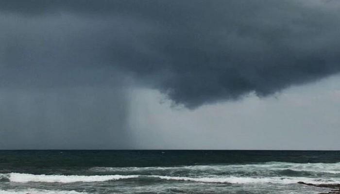 """سلطنة عمان تعلن أول وفاة جراء إعصار """"شاهين"""""""