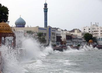 الإمارات تتأهب.. ارتفاع قتلى إعصار شاهين في عمان وإيران إلى 9