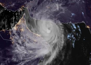 الإعصار شاهين.. سبب التسمية وما علاقة قطر؟