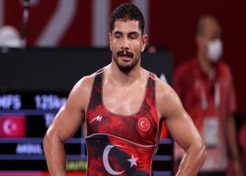 """مصارعة.. التركي """"آكغول"""" يحرز برونزية في بطولة العالم"""