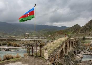 أذربيجان ترفض منح تأشيرة دخول لمسؤول إيراني