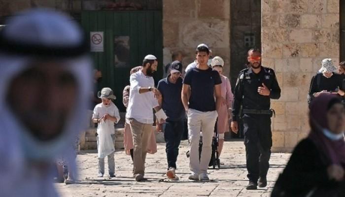صلاة اليهود الصامتة تثير مخاوف من تقسيم زماني ومكاني للأقصى