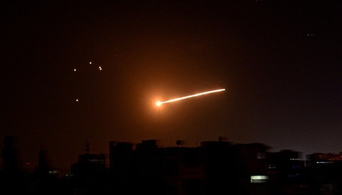 من أصل 12 صاروخا.. منظومة بانتسير-إس دمرت 8 صواريخ أطلقتها إسرائيل على سوريا