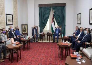 هآرتس: ضغوط أمريكية ومصرية لتشكيل حكومة وحدة فلسطينية