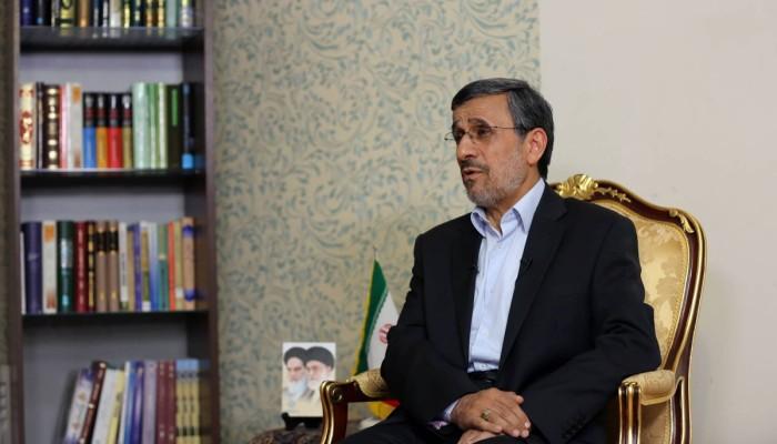 تقرير: أحمدي نجاد في الإمارات خلال أيام