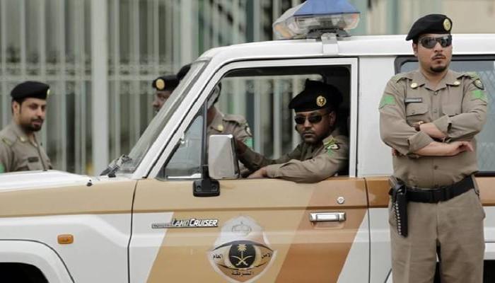 السعودية.. القبض على 30 متهما في جرائم متنوعة بينها التحرش بامرأة