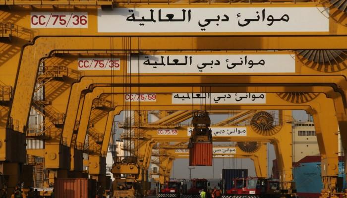 رئيس موانئ دبي العالمية: حل أزمة الشحن سيستغرق وقتاً طويلاً