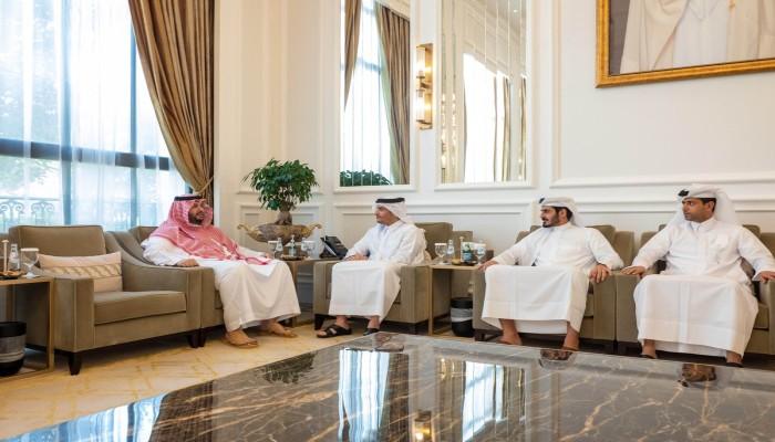 بعد الأمير.. وزير خارجية قطر يلتقي وزير الدولة السعودي