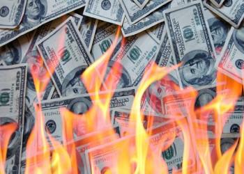المأزق المالي ومصداقية الدولار