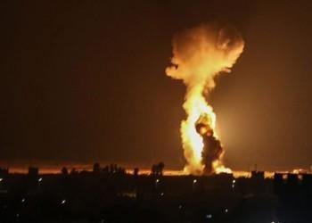 طائرة إسرائيلية تستهدف مركزيين عسكريين بالقنطيرة السورية