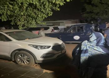 تفاصيل جديدة عن اعتقال وزير سوداني: حاصروا بيته وكسروا بابه