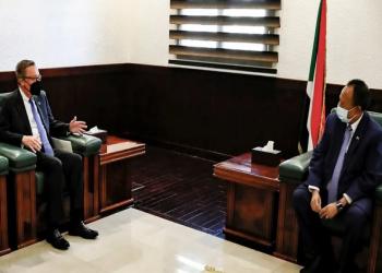 ردا على الانقلاب.. المبعوث الأمريكي يلوح بعقوبات على السودان