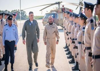 قائد القوات الجوية الإماراتية يشهد أكبر مناورات في إسرائيل.. وتل أبيب تحتفي به